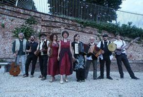 OLTRE IL CONFINE - VOCI & VOLTI FESTIVAL DI MUSICA POPOLARE INTERETNICA